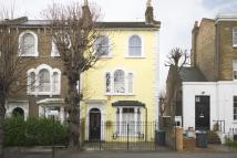 4 bed End of Terrace house in Queensbridge Road...