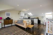 2 bedroom Flat for sale in Queensbridge Road...