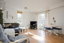 1 bedroom Flat for sale in Leabank Square, London...