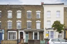 2 bedroom Flat for sale in Chatsworth Road, London...