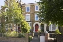 2 bed Flat in Amhurst Road, London, E8