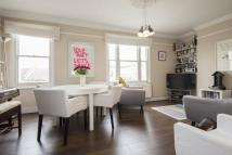 2 bedroom Flat in Brookfield Road, London...