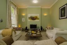 1 bedroom Flat to rent in Southwold Road, London...