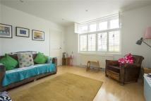 3 bedroom Terraced property in Ufton Road, London, N1
