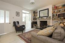 2 bedroom Flat in Penpoll Road, London, E8