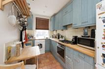 1 bed Flat to rent in Fairholme Road, London...