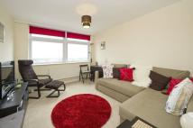 Flat to rent in Roseford Court, London...