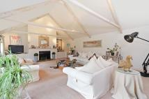 5 bedroom house in Edna Street, London, SW11