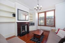 Flat to rent in Comyn Road, London, SW11