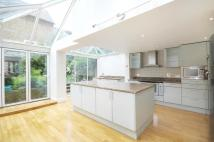 5 bedroom Terraced house in Bennerley Road, London...