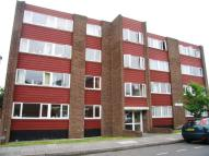 2 bedroom Flat to rent in Lonsdale Court...