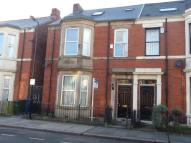 semi detached home to rent in Lyndhurst Avenue...