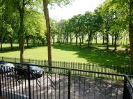 Flat in Moor Court, Westfield...