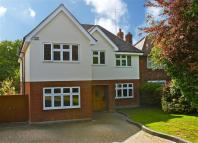 6 bed Detached home in Mountway, Potters Bar...
