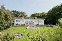 6 bed Detached home in West End Lane, Essendon...