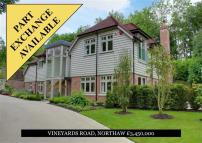 5 bed new home in Vineyards Road, Northaw...