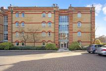 2 bedroom Flat for sale in Keble Place, London, SW13