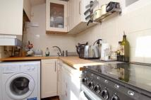 1 bedroom Flat in Galveston Road, London...