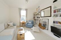 Castelnau Flat to rent