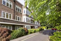 3 bed Flat in Exeter House...