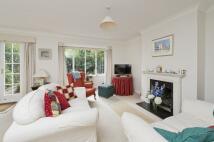 3 bedroom property in Glentham Road, Barnes...