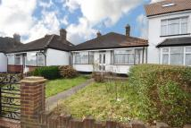 Bungalow in Oakleigh Road North...