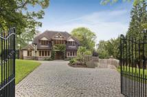 5 bedroom Detached home in Arkley Lane, Arkley...