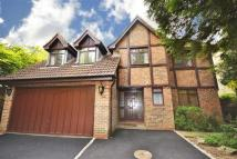 Oakleigh Park South Detached property for sale