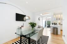 4 bed home for sale in Dinsmore Road, London...
