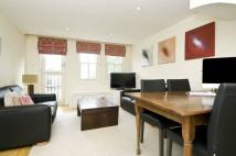 2 bedroom house in Royal Duchess Mews...