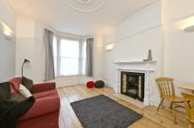 Ground Flat to rent in Sumburgh Road, London...