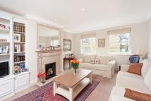 3 bed home in Fernbank Mews, London...