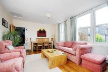 3 bedroom Flat to rent in Beira Street, Balham...