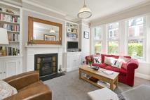 2 bedroom Ground Flat for sale in Yukon Road, London, SW12