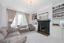 Maisonette for sale in Weir Road, London, SW12