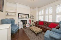 Flat to rent in Mantilla Road, London...