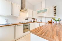 1 bedroom Flat for sale in Lysias Road, SW12