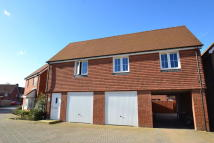 property to rent in Blacksmith Road, Horley, Surrey, RH6