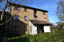 Flat in Whitecroft, Horley...