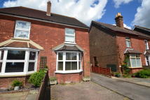2 bed semi detached house for sale in Lee Street, Horley, RH6