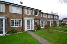 Terraced property to rent in Darenth Way, Horley...