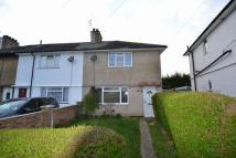 3 bedroom semi detached house to rent in Farnborough
