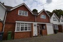 CAMBERLEY Terraced house to rent