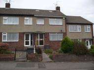 4 bed Terraced house to rent in Willis Road, Kingswood...