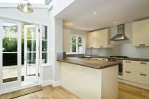 2 bed home in Kilburn Lane, London, W10
