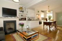 2 bedroom property to rent in Lothrop Street, London...