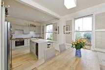 3 bed Maisonette for sale in Cambridge Gardens...