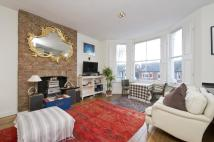 Flat in St Quintin Avenue...