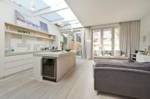 3 bedroom Ground Maisonette to rent in St Marks Road, London...