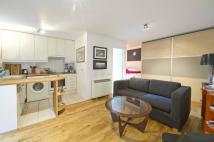 Studio apartment to rent in Bramley Road, London, W10